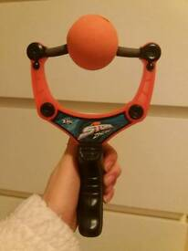 Air Storm slingshot with 2 balls