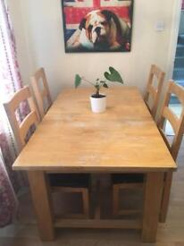 Solid Wood Extendable Table with 4 chairs