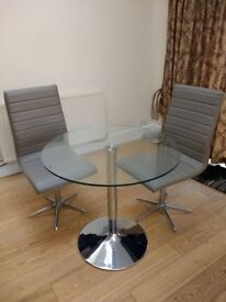 Dwell Palermo dining table and 2 ripple dining chairs worth over £330 new. Very good condition