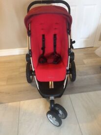 Quinny Buzz pram with carry cot and 2 seats
