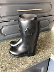 Riding boots brand new with tags 7.5