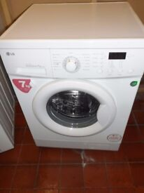 """""""LG """"Washing machine.. 7kg..Spin-1200...For sale..Can be delivered."""