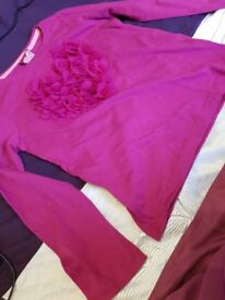 Girls bright pink heart top 7 - 8years