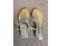 NEW Silver Sandals, size 7