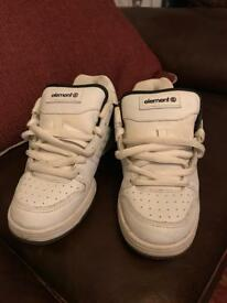 Element trainers (adult size 4)