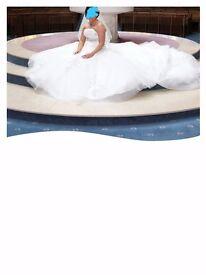 Beautiful princess style wedding dress Ivory