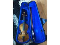 Stentor violin 3/4 size with case and almost new bow