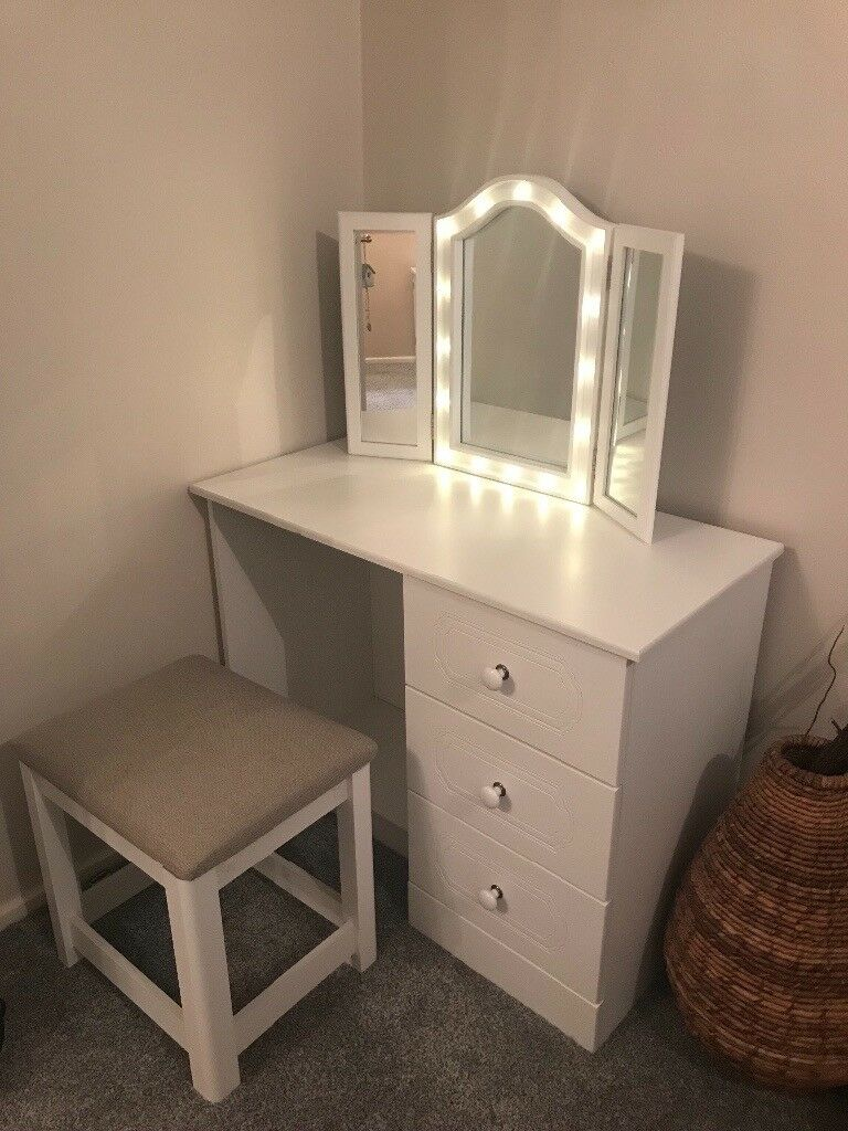 White Dressing Table Stool Amp Detachable Light Up Mirror