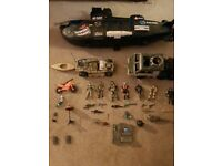 Toy submarine and accessories