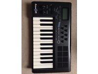M-Audio Axiom 25 USB MIDI Keyboard