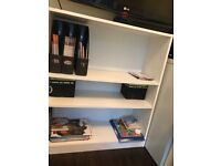 White bookcase in excellent condition