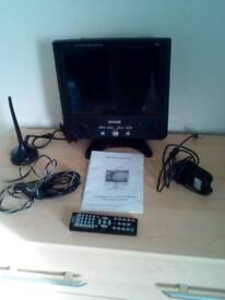 Matsui 10.4 lcd freeview tv with accessories