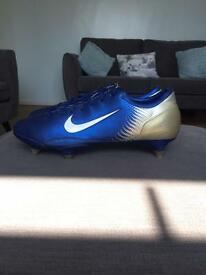 Nike Mercurial Vapor Blue and Gold Football Boots