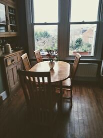 Small Extending table & chairs