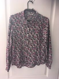 £4 H&M flower Shirt Age 13-14