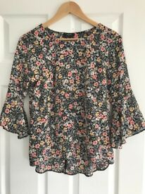 Floral floaty top - Size 8