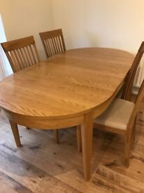 SHREIBER OAK DINING TABLE