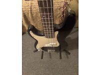 Axl Player Deluxe Bass Left Handed