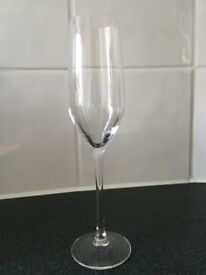 6 Champagne flutes - used once!