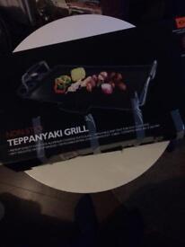 Teppanyaki grill with plug kitchen
