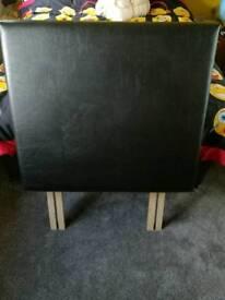 Single headboard