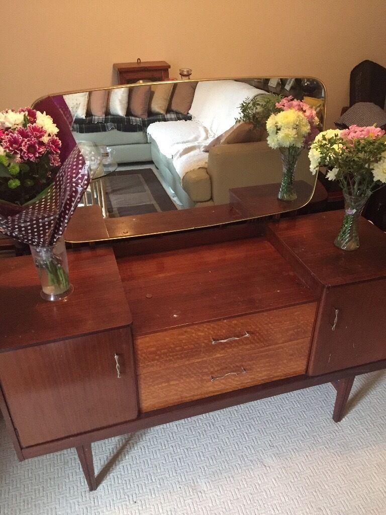 Vintage dressing table - Vintage Dressing Table Brown Mirror Vanity