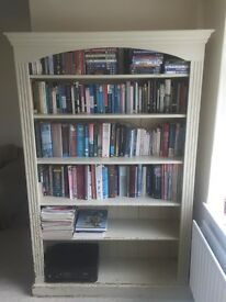 Bookcase / bookshelves
