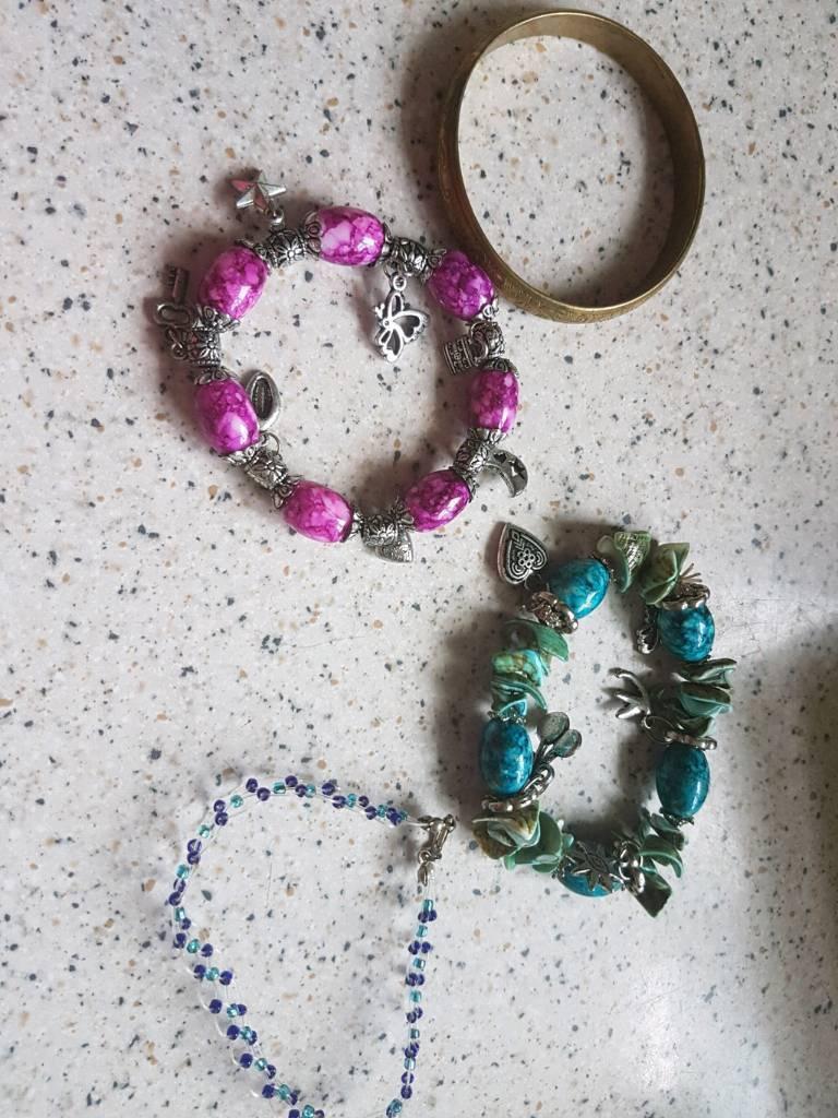 Jewellery bundle see pics