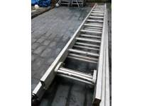Triple extension ladders 39 rung