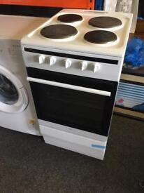 Amica electric cooker almost new £99 with 6 month warranty