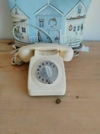 Vintage cream telephone