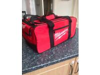 Milwaukee Large Contractor Duffel Tool Bag with Wheels