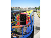 Residential Canal Boat with 2 double bedrooms to Let (prefer postgraduate or mature student)