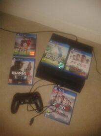 PS4 1Tb C/W box..5 GAMES... 1Contoller.. Excellent Condition an Working Order.. £220..O.V.N.O