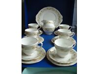Duchess Greensleeves 21PC Tea Set