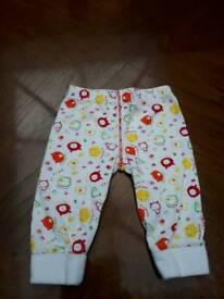 Babys leggings 3-6mths
