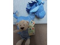 Brand new 2 mothercare soft toys(will split)but would like to see them