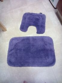 Deep purple bathroom mats