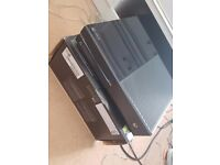 XBOX One in great Condition comes with 4 Games