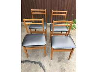 SET OF 4 RETRO DINING CHAIRS ** FREE DELIVERY IS AVAILABLE **