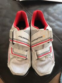 Muddy Fox Size 6 Red/White Cycling Shoes