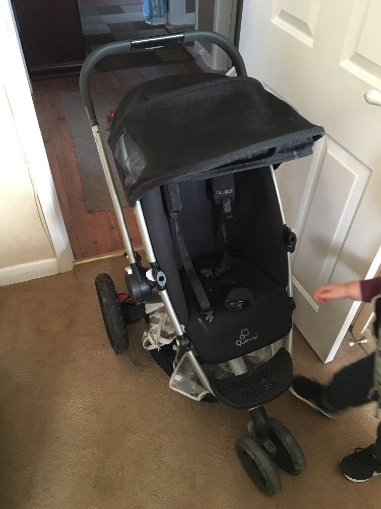 Quinny buzz push chair