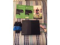 Xbox one 500gb + 2 Controllers + Dual charging dock + Games