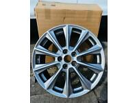 """Ford Genuine 18"""" Alloy Wheels Silver - Set Of Four"""