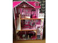 Dolls house with accessories. Large dolls house with furniture and huge selection of Barbie stuff