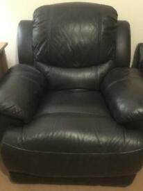 Recline sofa chair excellent condition Offer price £80