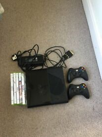 Xbox 360E, 2 controllers + 5 games