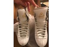 Ice skates (Jackson)