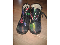 Atticus boys' boots size 10