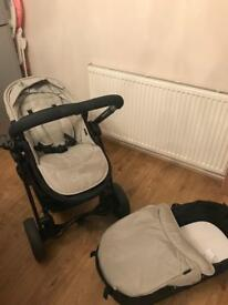 Icandy strawberry 2 pushchair and carrycot